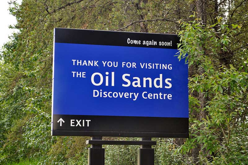 Workers Flock To Alberta In Search Of Lucrative Oil Sands Work